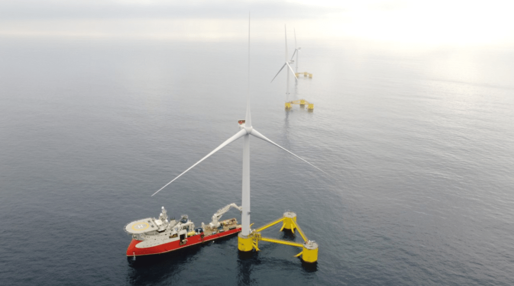 162 offshore wind farms up and running worldwide, 26 more under construction