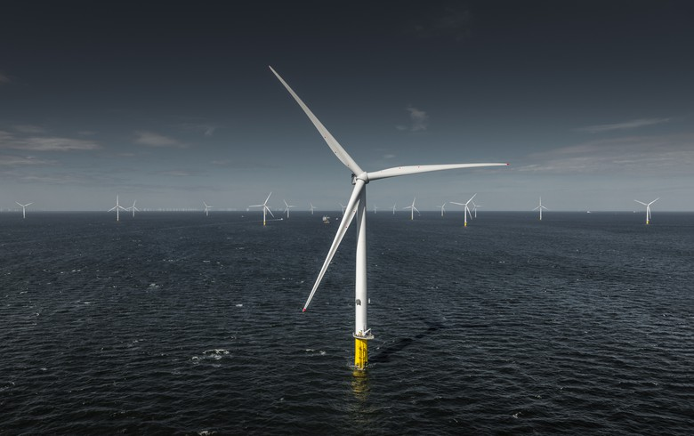 Renewable Energy Outperforms Fossil Fuels in UK