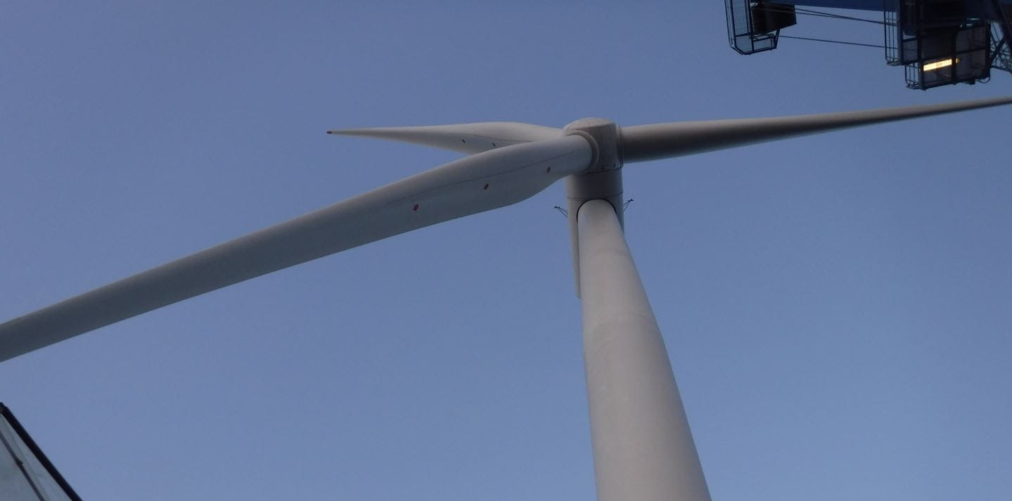 First Turbine Up at World's Largest Offshore Wind Farm