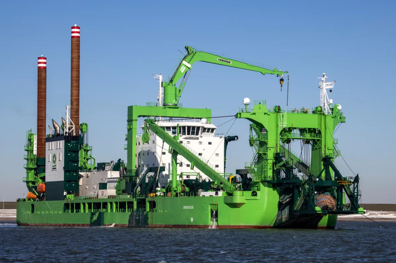 Naming the world's most powerful cutter dredger, the CSD 'Spartacus'